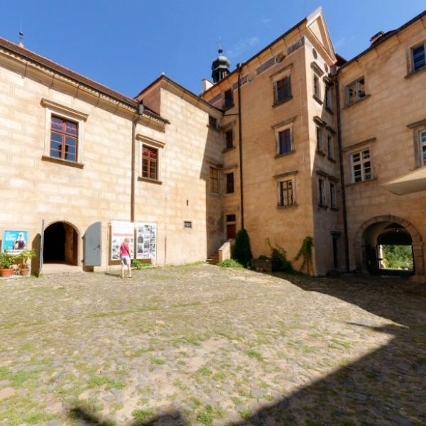 Hrad a zámek Grabštejn