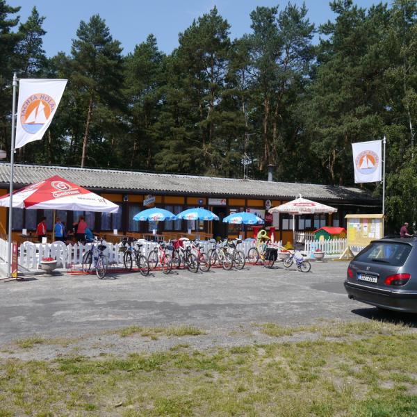 Rekreační středisko a kemp Jachta Holany - hlavní budova, autor: JACHTA HOLANY s. r. o.