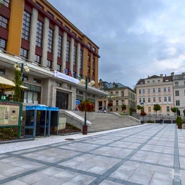 Mírové náměstí - Jablonec nad Nisou