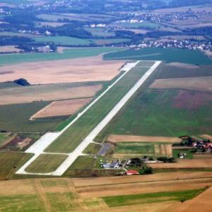 Letiště Mnichovo Hradiště