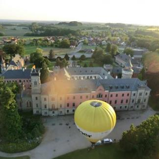 Balónové létání na Sychrově, autor: Dana Vejnárková