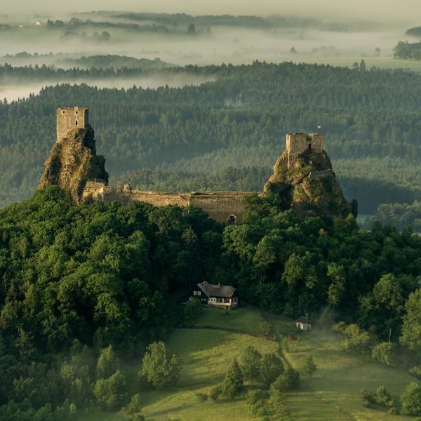 Zřícenina hradu Trosky, autor: Částka Jiří