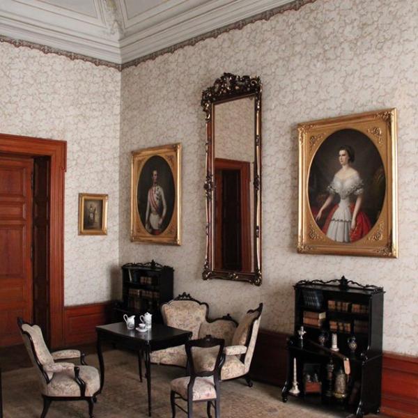 Zámek Zákupy  -   tzv.  ložnice Františka Josefa I.  po instalaci, autor: NPÚ, ÚPS na Sychrově