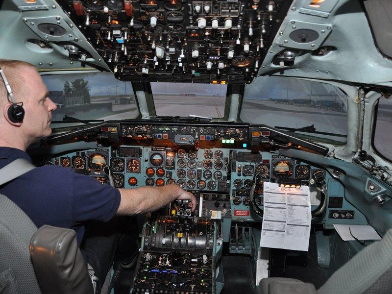 DC-9 simulátor