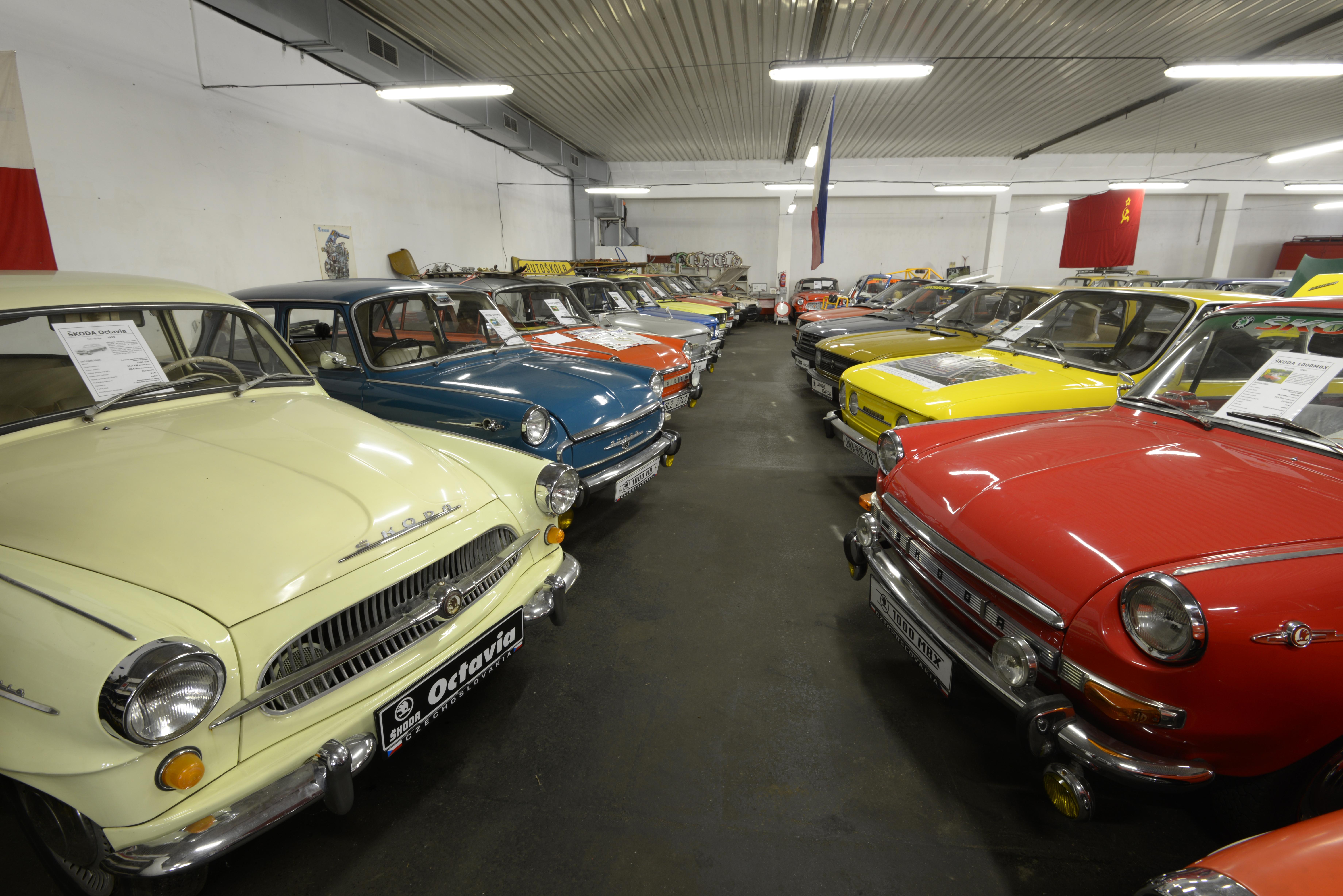 Muzeum socialistických vozů Velké Hamry