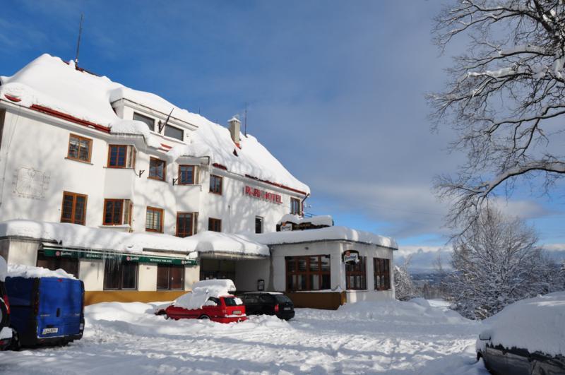 Parkhotel - Smržovka v Jizerských horách