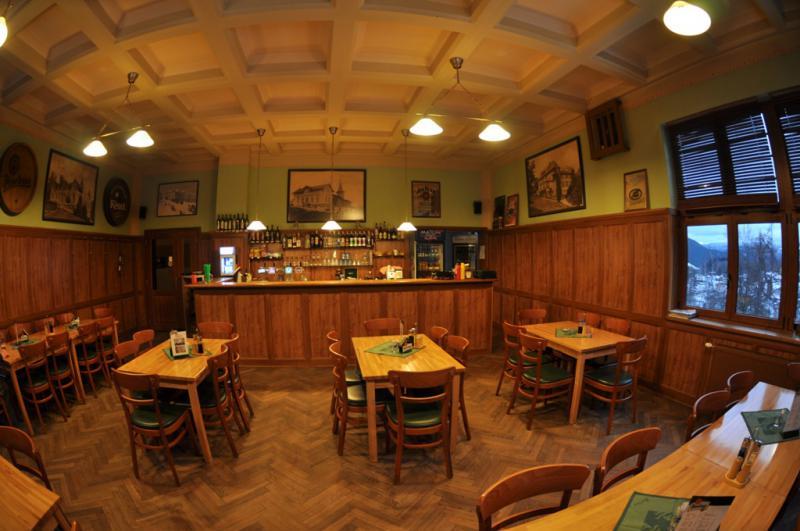 Parkhotel - Smržovka v Jizerských horách, kuřácká restaurace