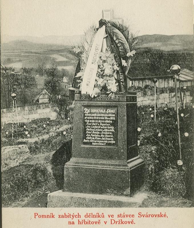 pomník na hřbitové v Držkově