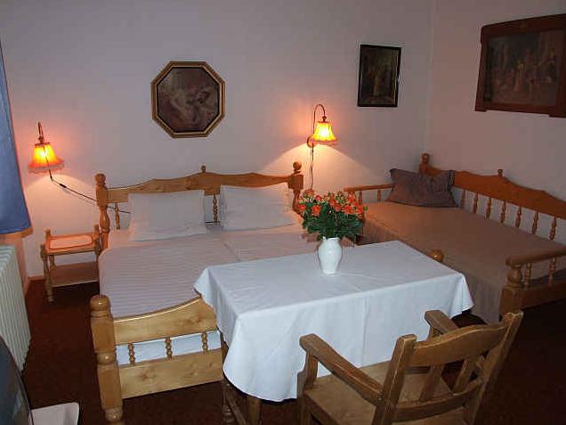 Hotel V Nebi