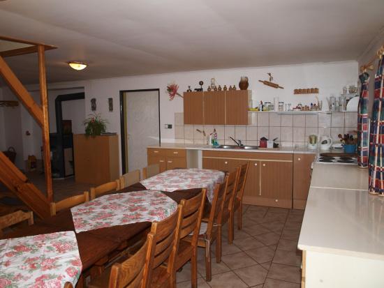Chata Buchtovna - kuchyň