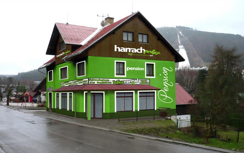 Půjčovna kol a koloběžek HarrachMAX