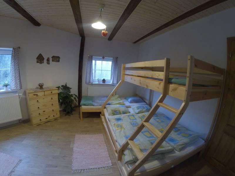Penzion Ve Stodole – velká ložnice