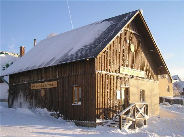 Ski areál U Čápa - půjčovna lyží