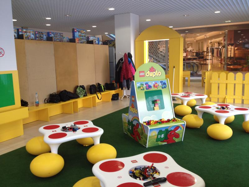 Muzeum kostek a obchod Lego