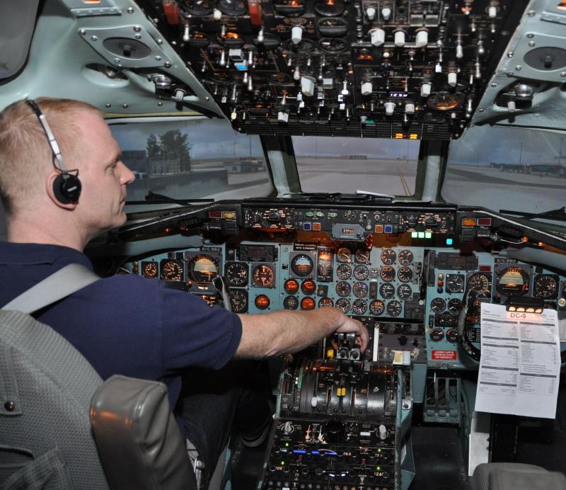 Simulátor DC-9